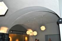 IKO Wien: Akustik-Spritzputz